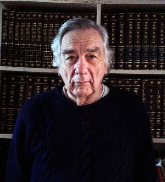 Dr Carlos José Hernandez